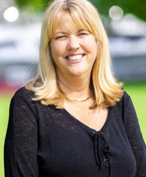 Shelley Schmidtke